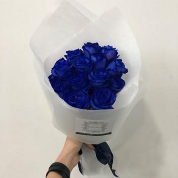 Special Dark Blue Roses