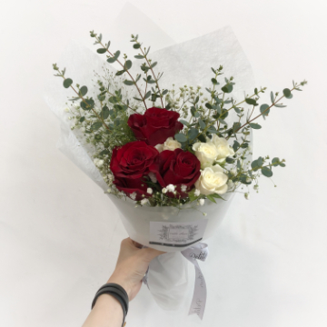 "3 Roses - ""I Love You"""