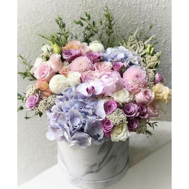 Signature Round Flower Box