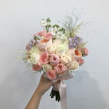 Feminine Rose Bridal Bouquet