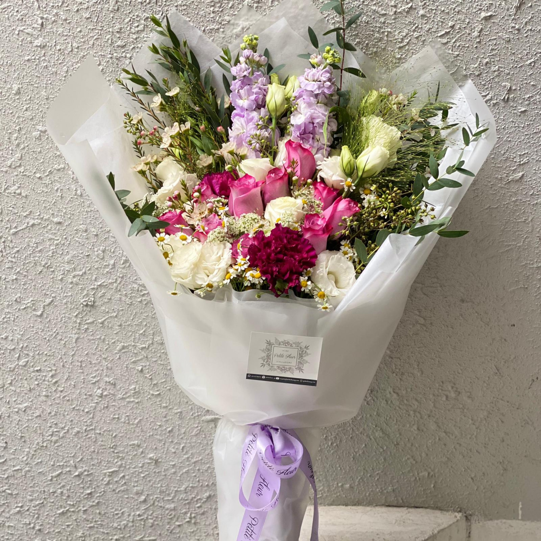 Kenyan Roses Arrangement