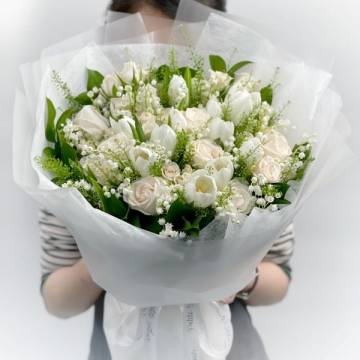 Royal Lily of the Valley Arrangement