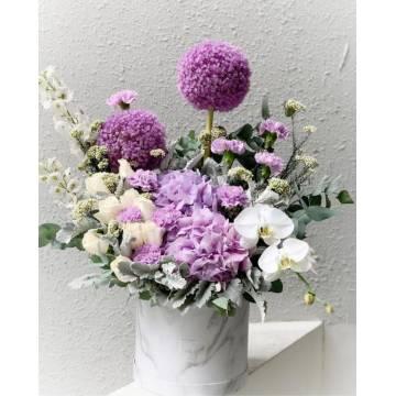 Violette Floral Box